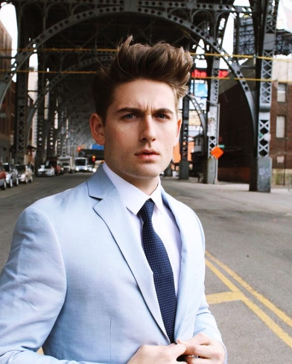 Simple-and-Sexy-Office-Hairstyles-For-Men