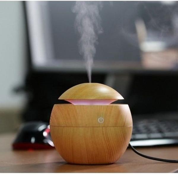 Super-Awesome-Desk-Accessories