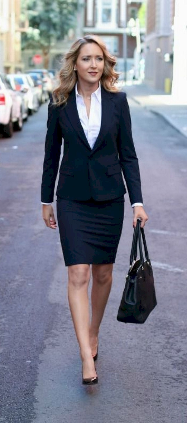 Best-Tailored-Suit-Outfits-for-Women